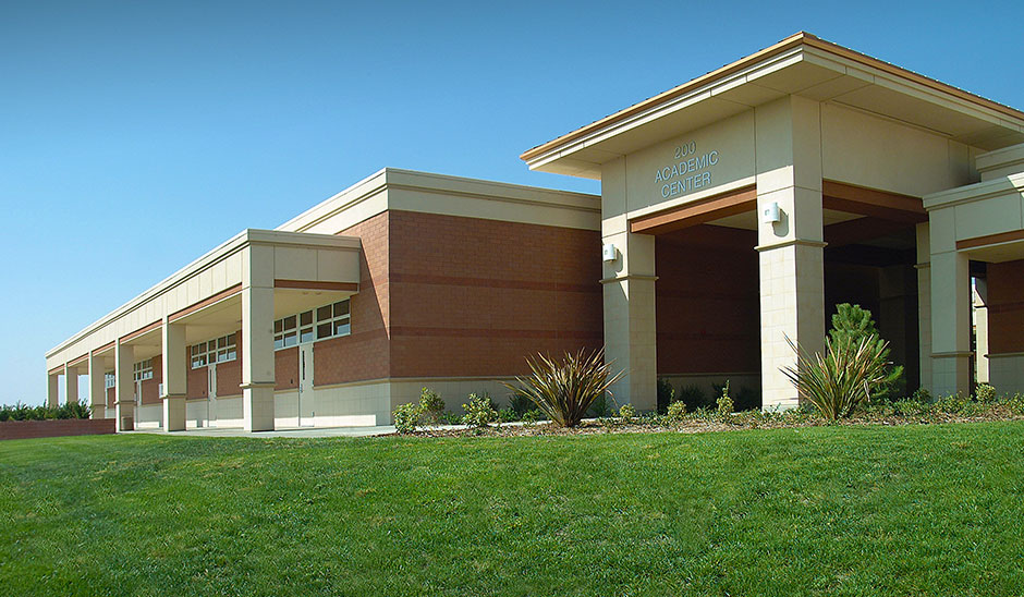 West Hills College Lemoore 200 Academic Center